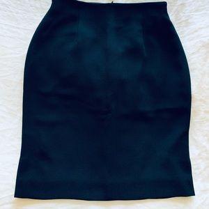 NWOT Jones Studio women's pencil skirt (Size 6P)